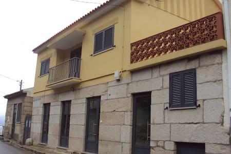 Douro House - Viseu - House
