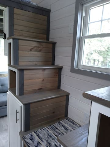Stairs to 1-Queen Bed Loft