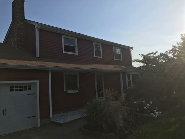 Private Comfortable Home in Metrowest Boston