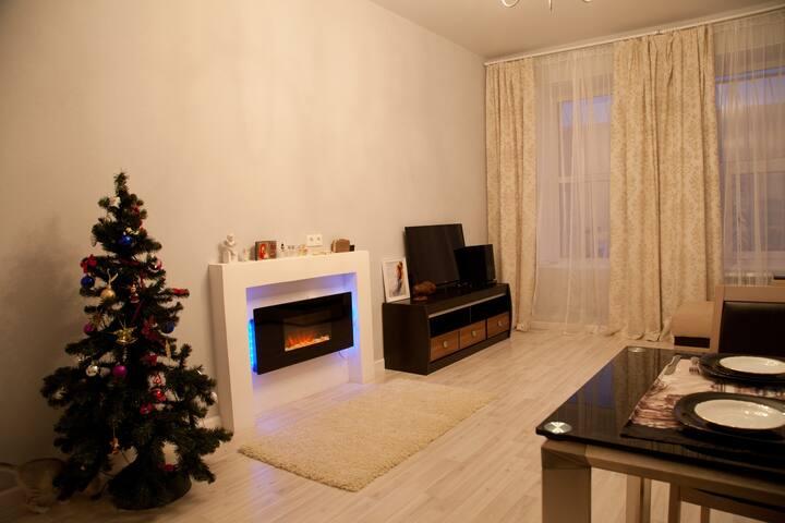 Other part of living room. Искусственный камин в гостиной