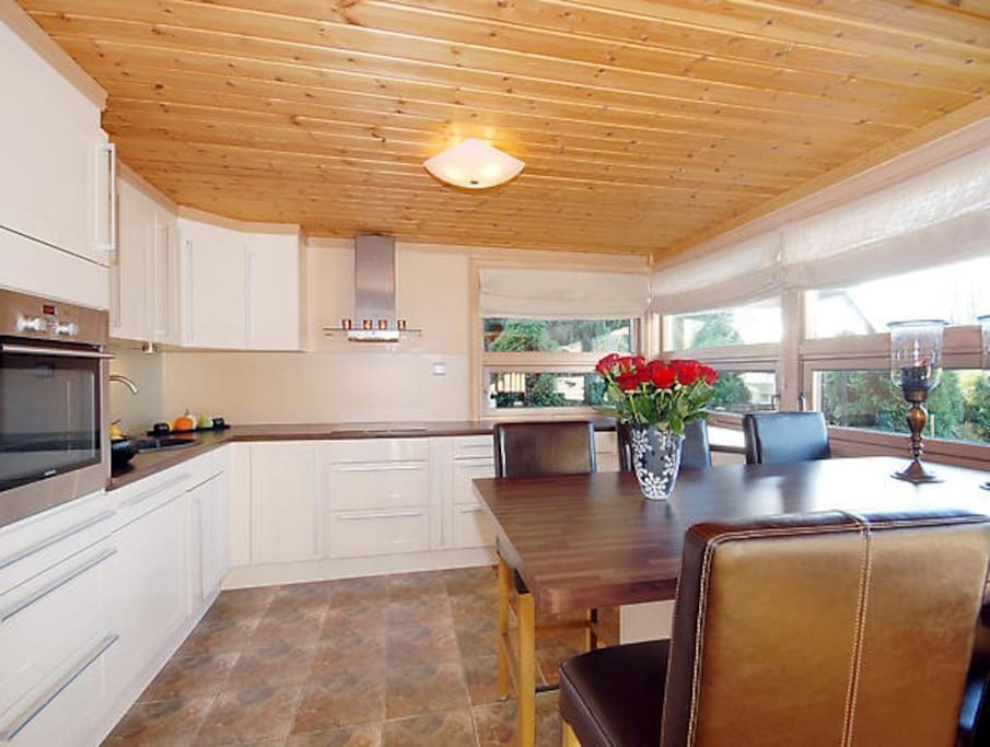 Light and practical kitchen