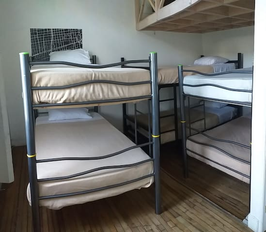 Hostal Yungay - Female Dorm Bed with Bathroom