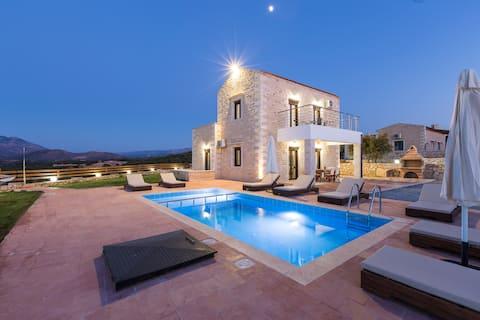 Dimokritos Villa IV, a homestay experience!