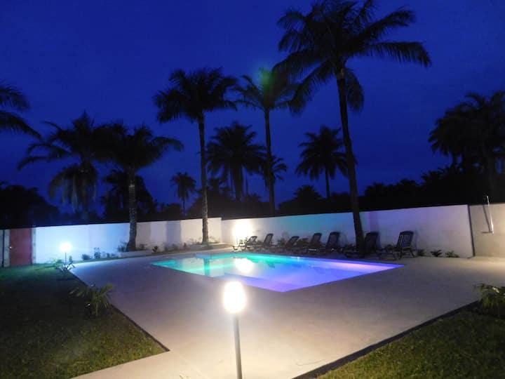 CAP BAY, studio N° 6, plage 200 m, piscine, wifi