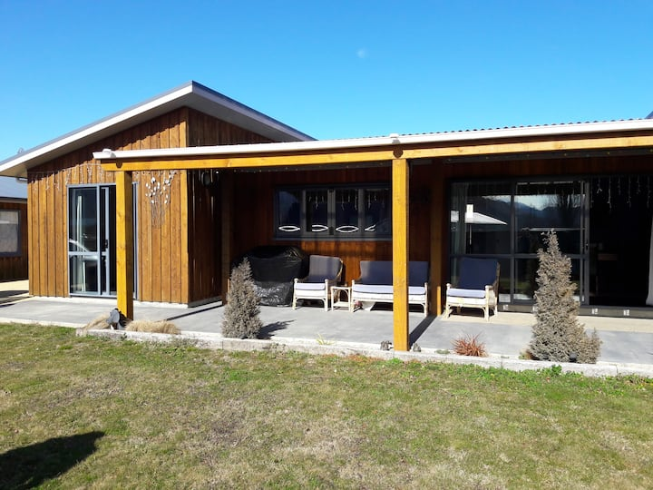 Rosewood   Holiday Home- Free Wi -Fi