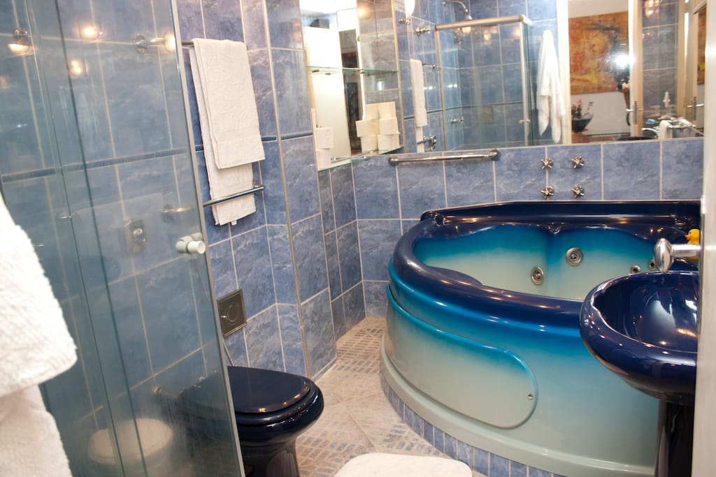 Jacuzzi bath for relaxing don't use it without water, the pump will burn out and you pay for the repair