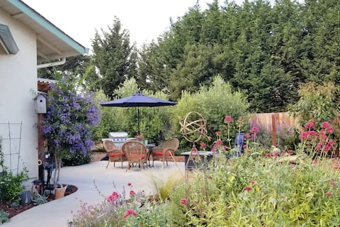 The Roost - Garden Guest House