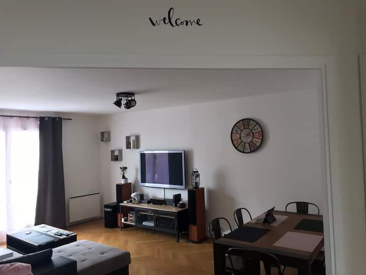 Chambre privée à Bretigny sur orge.