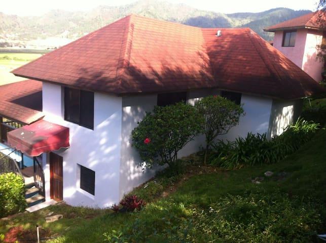 Hermosa Cabaña en Jarabacoa - Constanza - Appartement