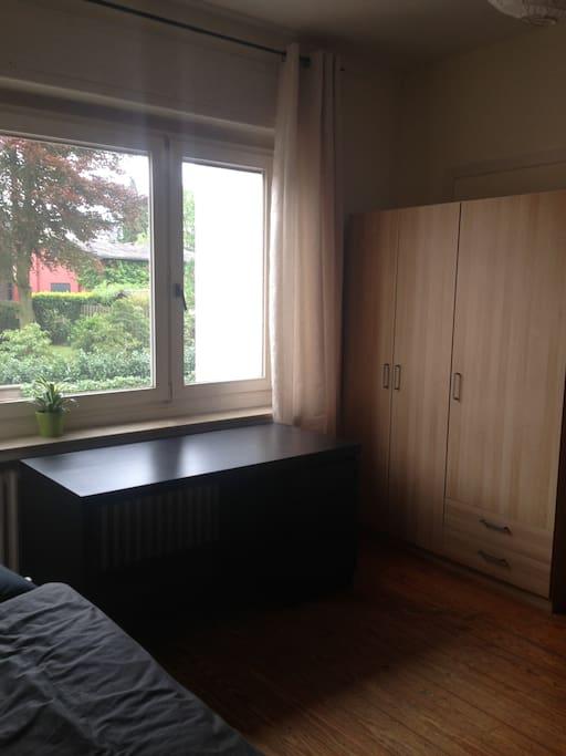 Freundliche zimmer in wedeler villa houses for rent in for Villa wedel