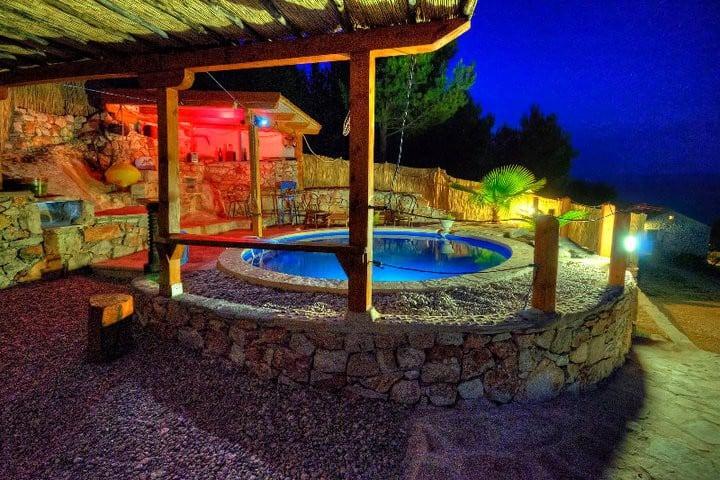 Holiday Getaway Villa Caric