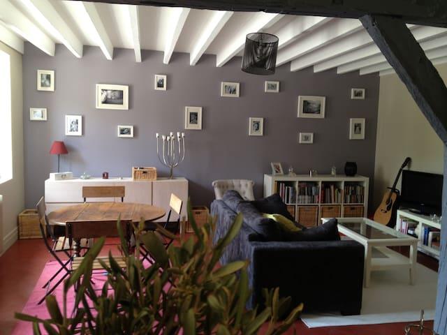 Maison campagnarde 140 m² bords de Seine - Criquebeuf-sur-Seine - Casa
