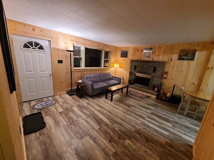 Cozy 2 Bed in Indian Mountain Lakes.