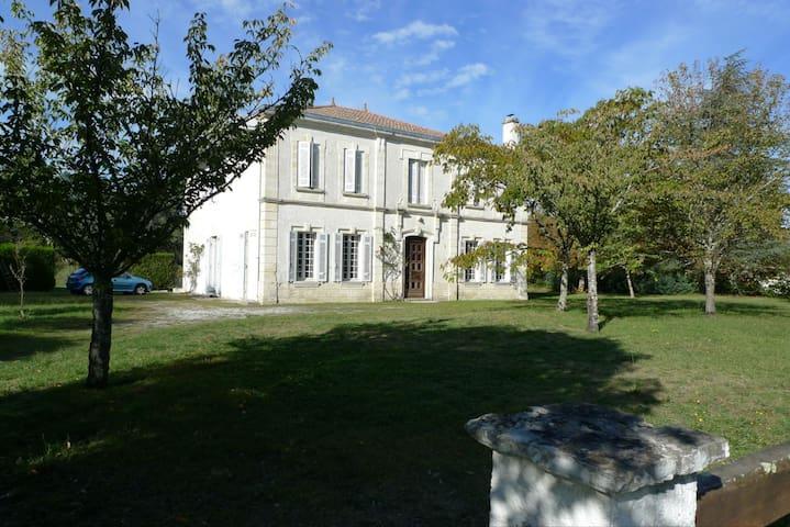 Grande maison au calme - Le Barp - Dom