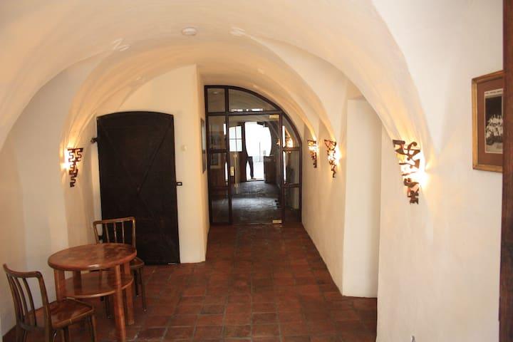 Mittelalterliche Gemäuer - Gmünd in Kärnten - Apartamento
