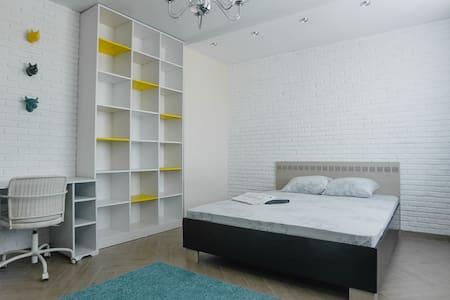 myhomehotel на ул.Романова 60/1 - Новосибирск - Apartment