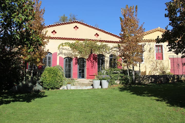 Le Tholonet entre les vignes et la Sainte-Victoire - Le Tholonet - Prázdninový dům