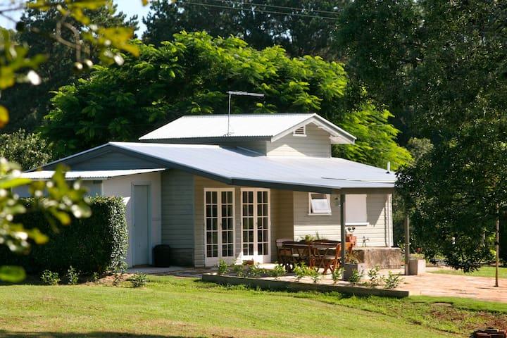 Cosy Boutique Cottage Alstonville - Alstonville