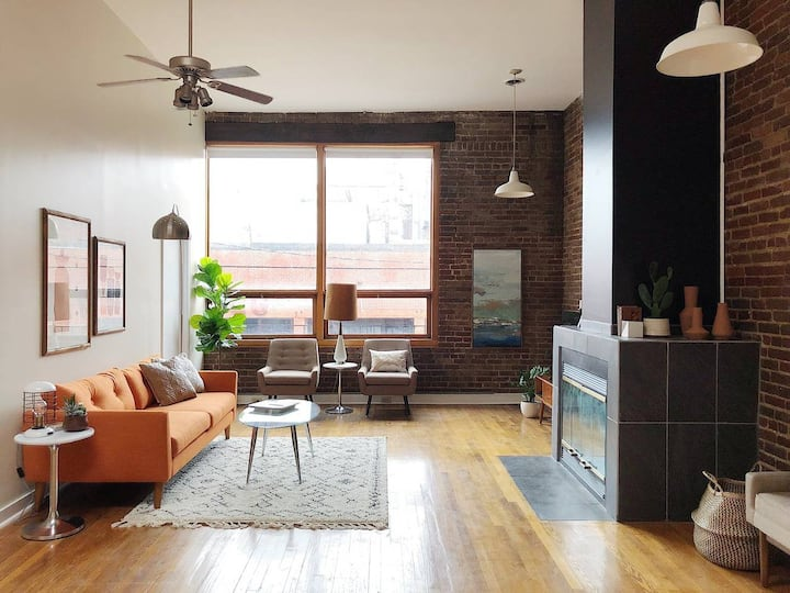 Spacious Old City Loft