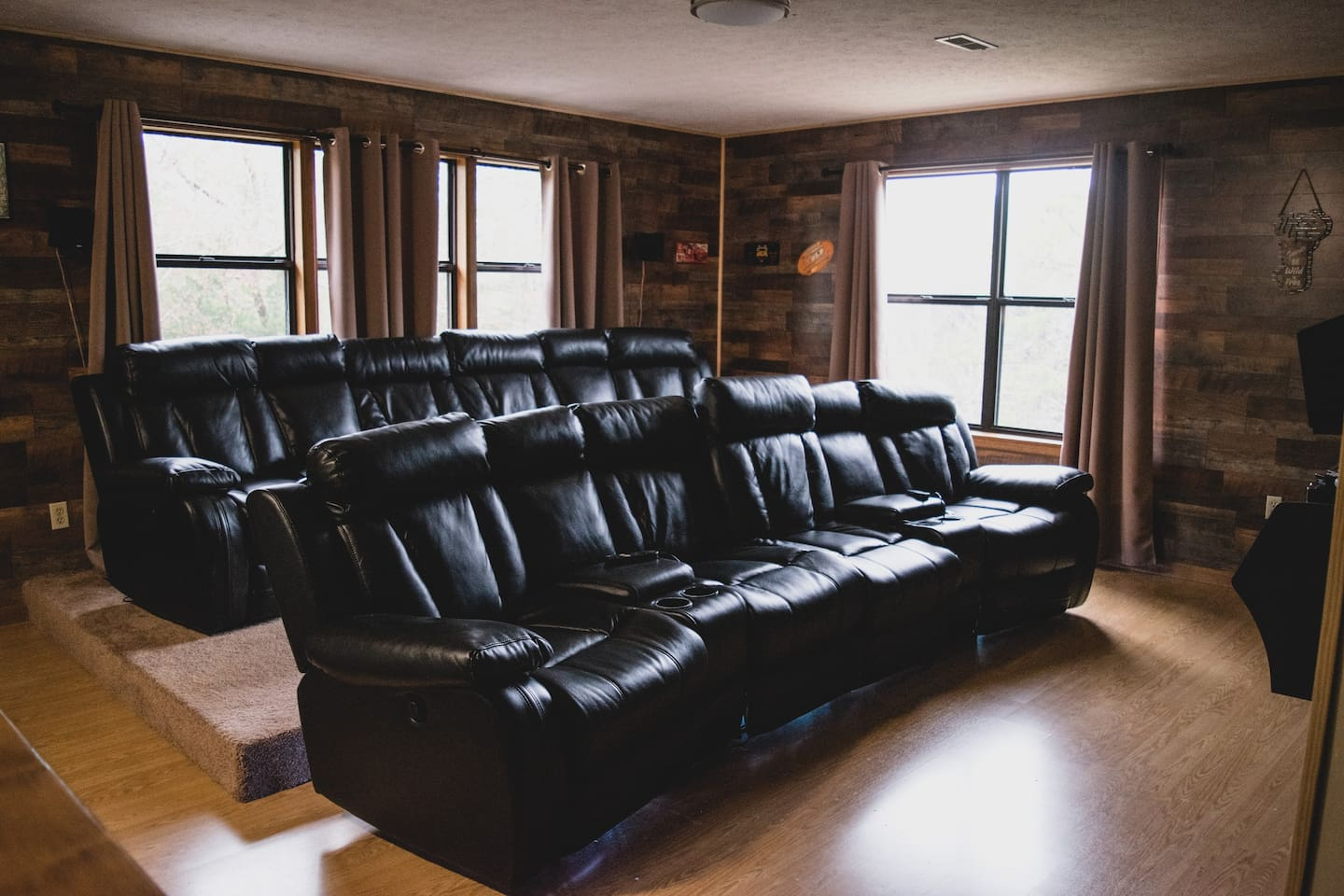 Cinema Theater for 8 with power reclining seats