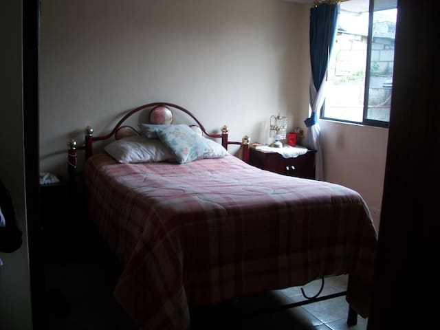 rent  rooms for  everyone - Quito - Apartment