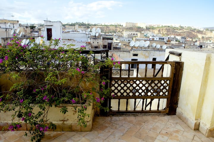 Your own private oasis - Fes Medina - Fes - Huis