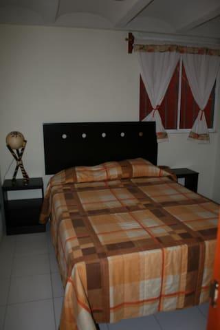 BONITA CASA CON DOS HABITACIONES - Tepexpan - Bed & Breakfast