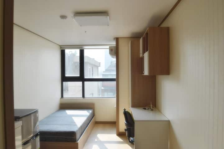 [SHINCHON] Fully Furnished and Best Location(5,6F)