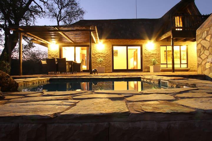 Charming Lodge close to Kruger Park - Hoedspruit - Villa