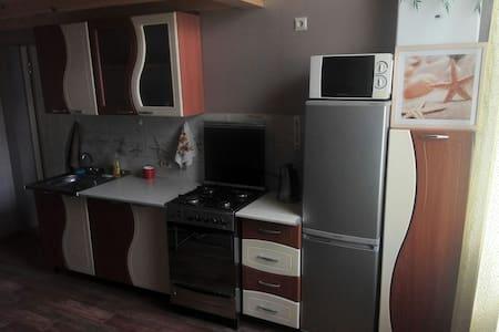 Квартира в двух уровнях с 4 спльням - Кабардинка - Pis