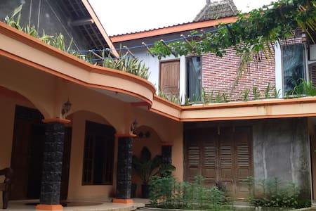 Nurudin House - Borobudur