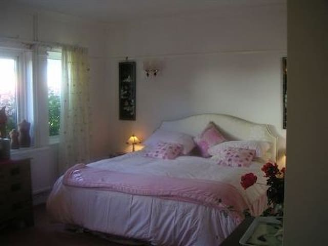 Arum House,3,Grenville Road,Padstow - Padstow - Bed & Breakfast