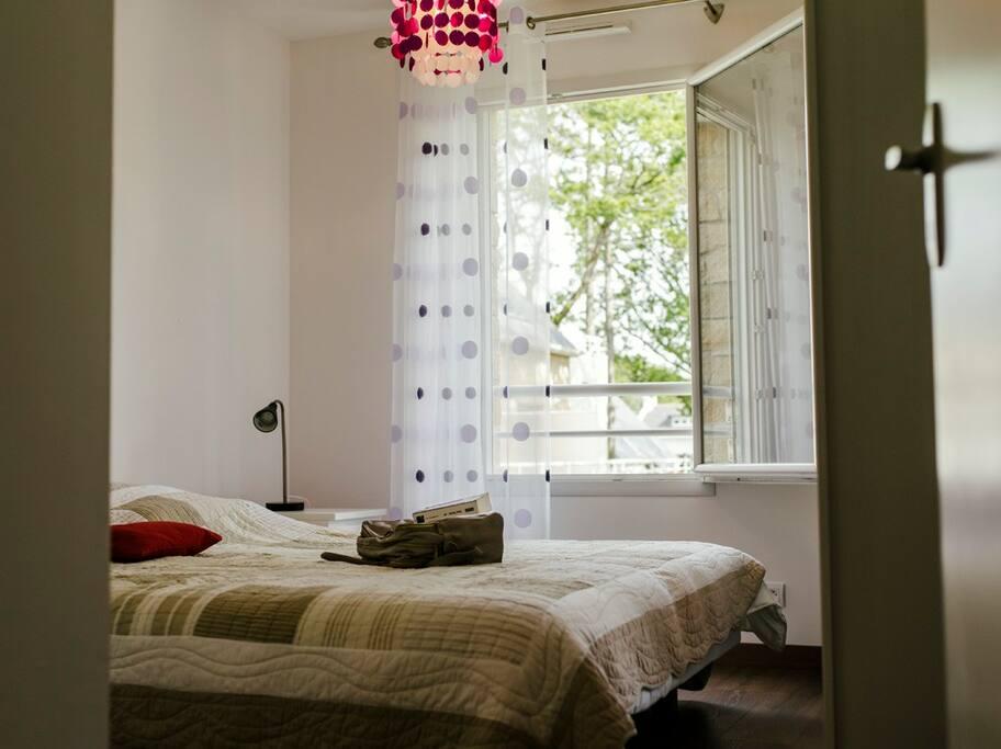 Chambre équipée de 2 lits simples