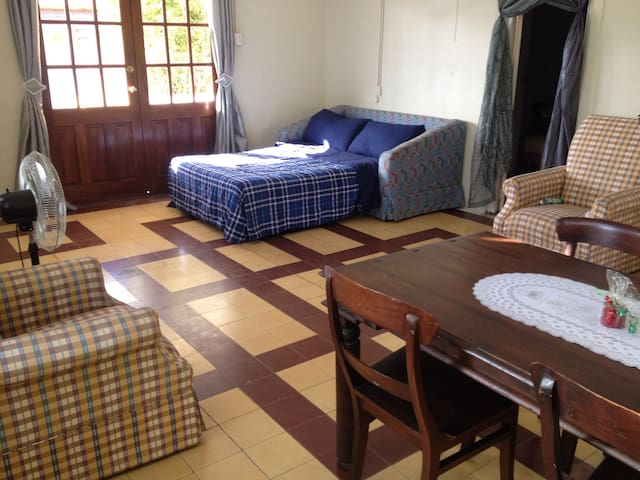 Family Home (max 8p) $20 pppn
