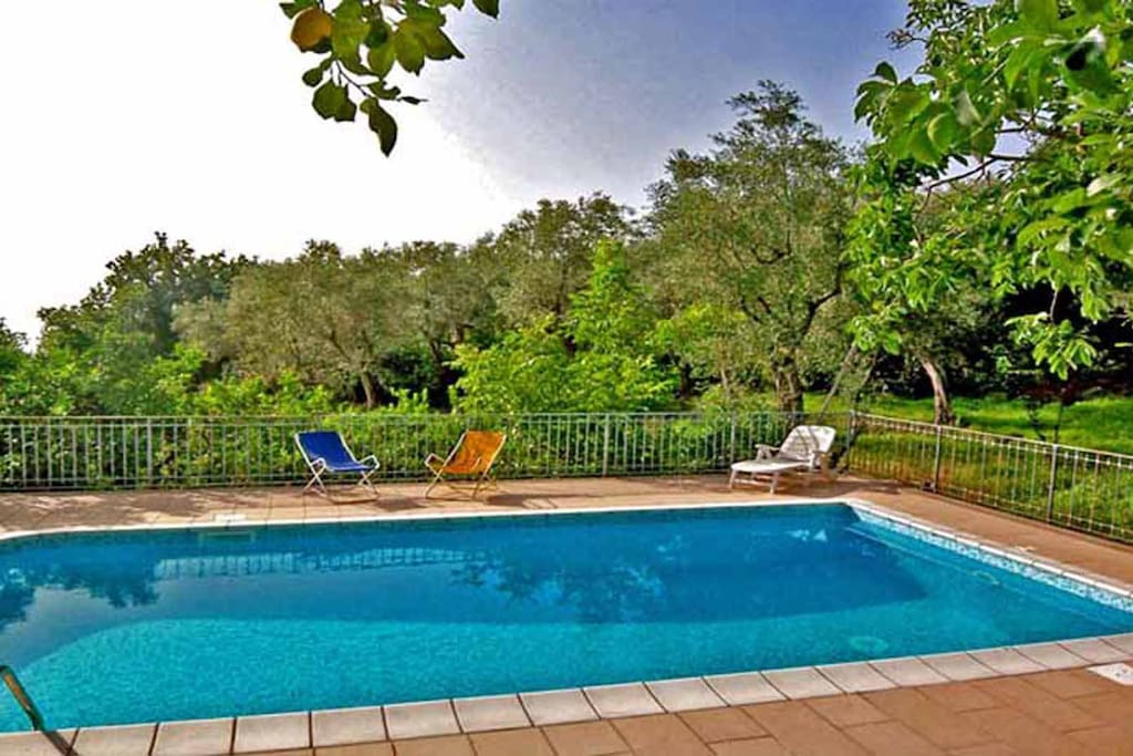 02 La Vigna shared pool area
