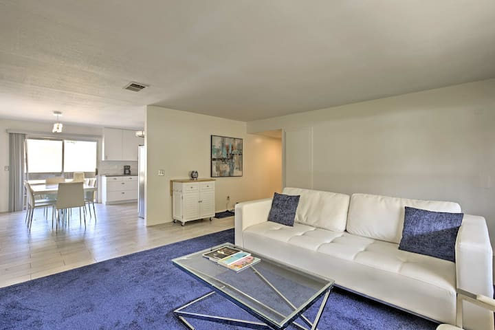 Remodeled Palm Springs Condo w/Splendid Mtn Views