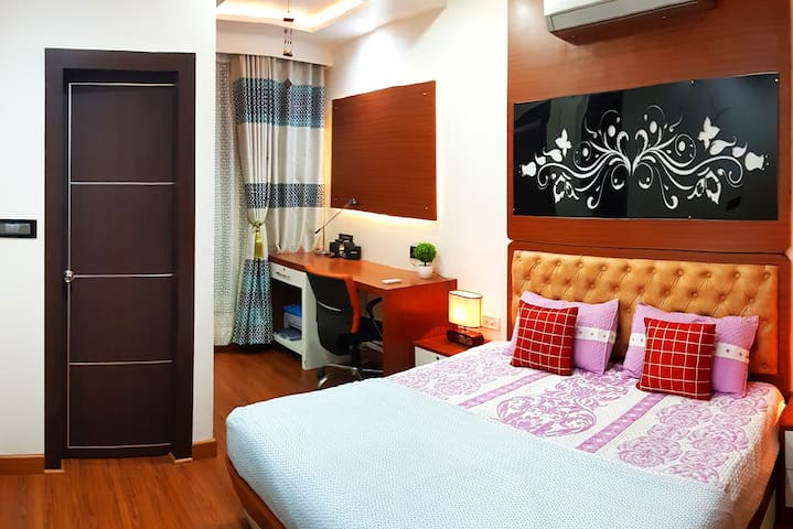 Luxury Room+Private Dressing Room+Sunny+Clean Air