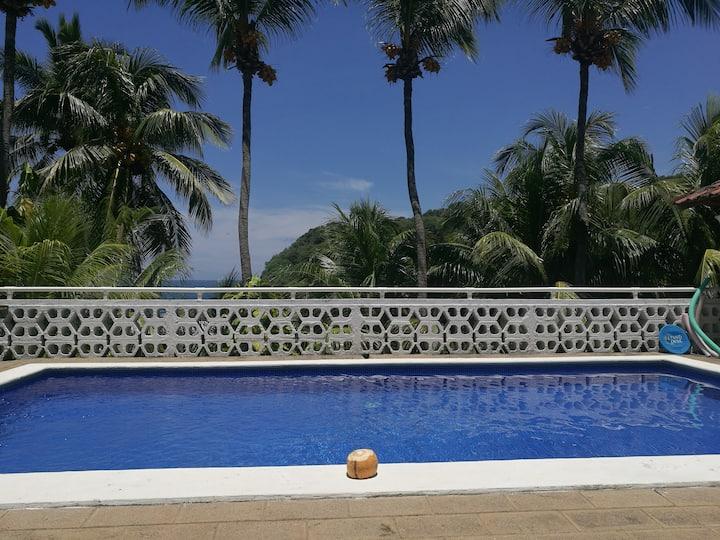 Beachfront villa near Zonte for 23p in gated area