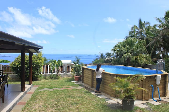 Maison Badamier avec PISCINE et jardin calme - Petite-Île - House