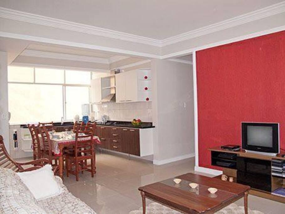 Sala de estar, combinado com a cozinha