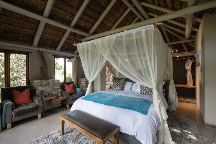 Romantic Suite on the edge of the lagoon