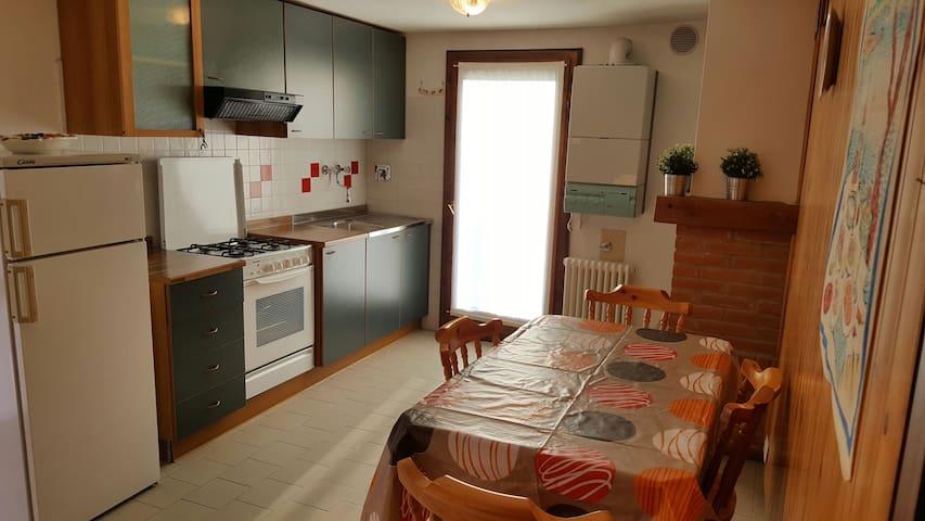 Villino Asiago bis - Cesuna - บ้าน