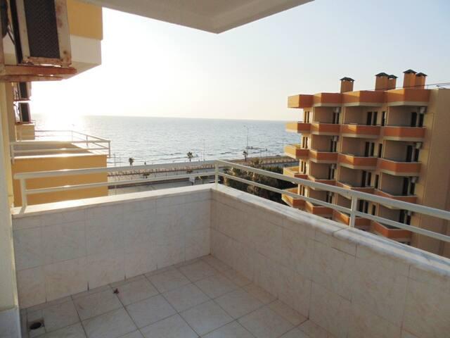 Просторная квартира у моря с большим бассейном - Tosmur Belediyesi - Serviced apartment
