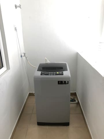 Yard: Washing Machine