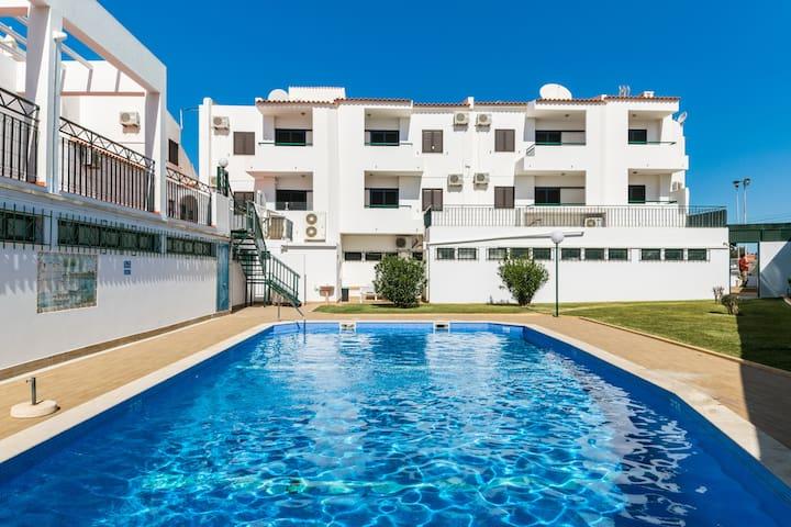 Ethnic Brown Duplex Apartment, Albufeira