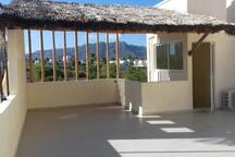 Terraza, roof y Jacuzzi (super Ventilada)