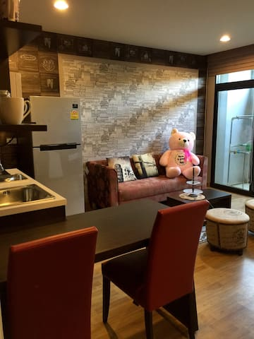 Wifi / 100 m swimming pool/ cozy - Bangkok - Apartemen