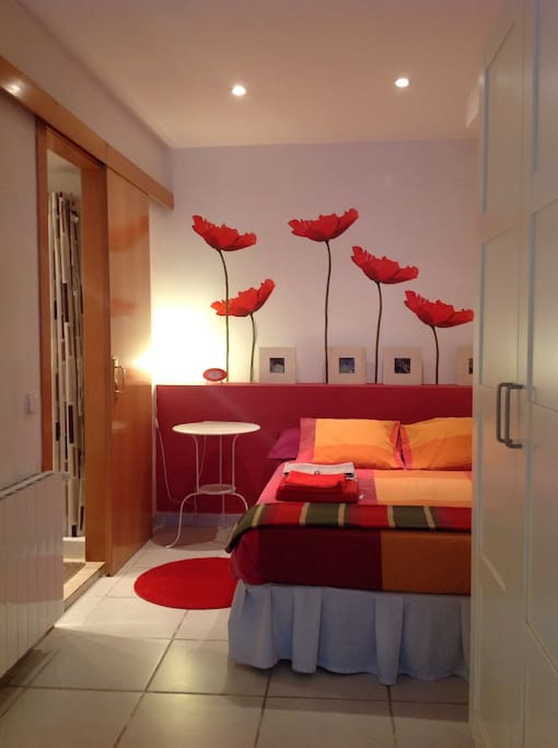 Guest double room. Private bathroom