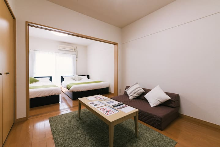 2 double beds in bed room & living room