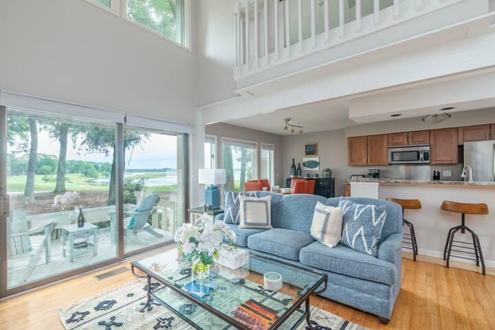 Pet-friendly villa with Marsh Views, Wifi